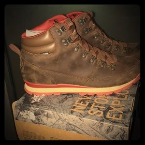 The North Face Mens back to Berkeley Leather Boots